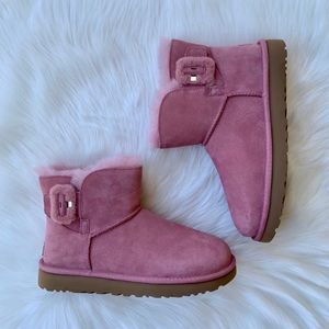 UGG Mini Bailey Fluff Buckle Boots